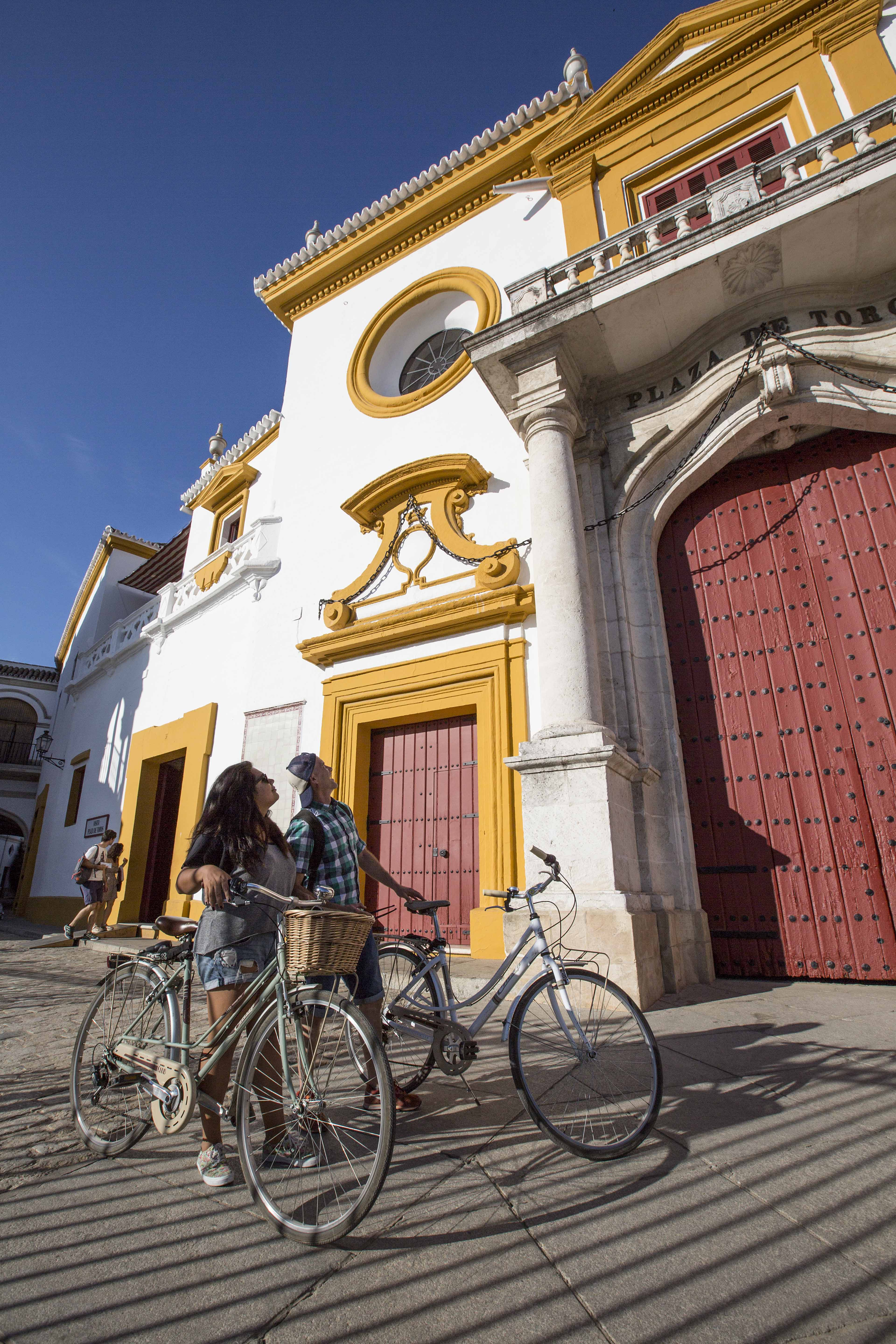 National Geographic Traveller's guide to Seville (including Seebybike!!!)